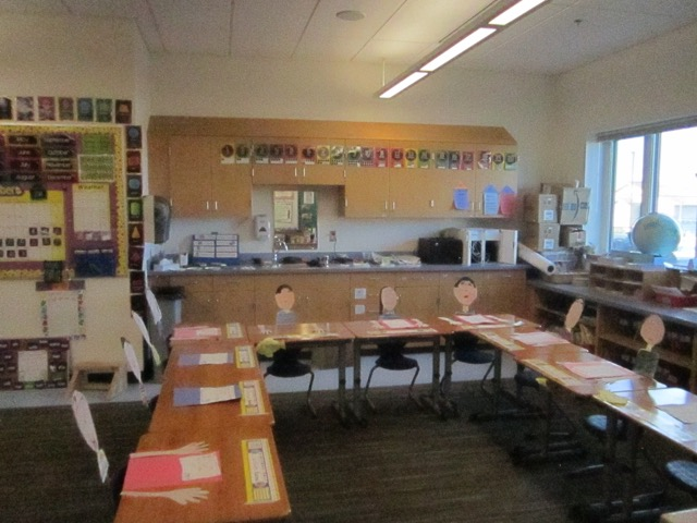 The Kindergarten/first grade classroom ready for parent-teacher conferences.